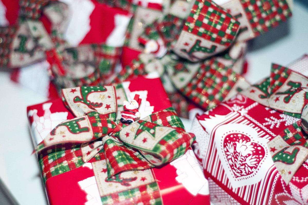 Julegaver: Kom igennem julen uden røde tal på kontoen